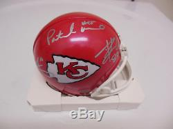 2018 CHIEFS TEAM SIGNED MINI HELMET withCOA PATRICK MAHOMES TRAVIS KELCE TY HILL